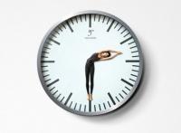 Часы Креативная реклама.