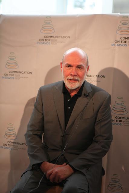 Фотография из альбома: WCFDavos Annual Com on Top 2012 Фотоальбом 6